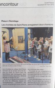 La chorale enregistre deux chansons au studio du lycée Sacré-Coeur à Saint-Brieuc